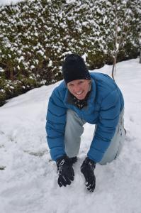 Building a snowman_1
