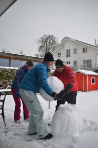 Building a snowman_16