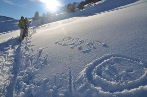 Snow-shoe hiking_26