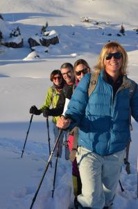 Snow-shoe hiking_57