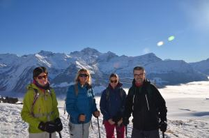 Snow-shoe hiking_7